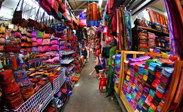 Những chợ bán buôn nổi tiếng không thể bỏ qua khi đi đánh hàng Quảng Châu